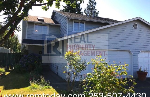 840 4th Avenue North - 840 4th Avenue North, Kent, WA 98032