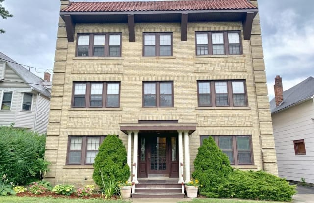 1442 W 110th St #4 - 1442 West 110th Street, Cleveland, OH 44102