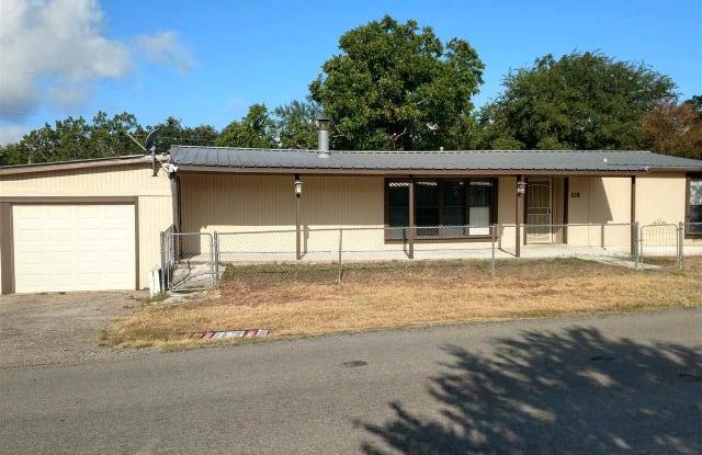 620 Driftwood - 620 Driftwood Ln, Cottonwood Shores, TX 78657