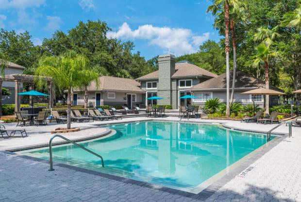 Bay Club - 9009 Western Lake Dr, Jacksonville, FL 32256