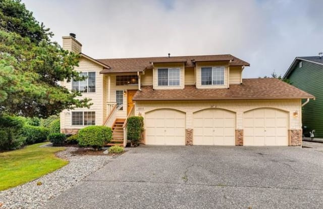 16518 37th Place West - 16518 37th Place West, Lynnwood, WA 98037