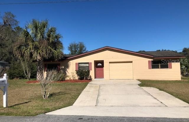 437 E OAKWOOD AVENUE - 437 East Oakwood Avenue, Orange City, FL 32763