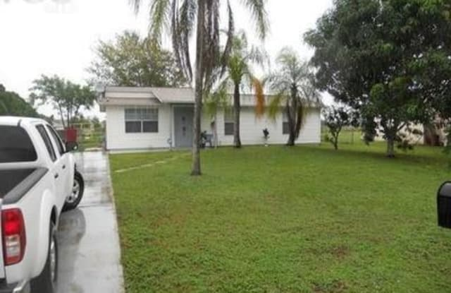 480 Valley DR - 480 Valley Drive, Lehigh Acres, FL 33936