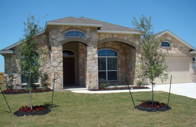 923 Avery Parkway - 923 Avery Parkway, Guadalupe County, TX 78130
