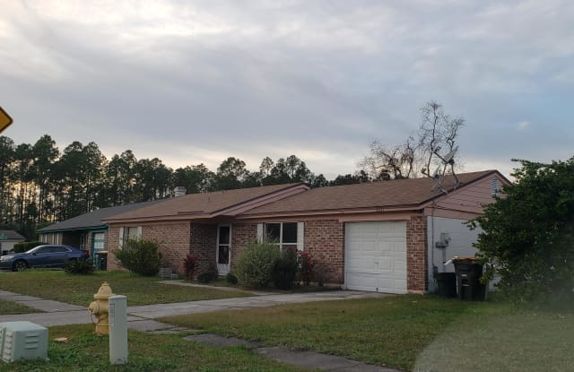 8331 JUSTIN RD S - 8331 Justin Road South, Jacksonville, FL 32210