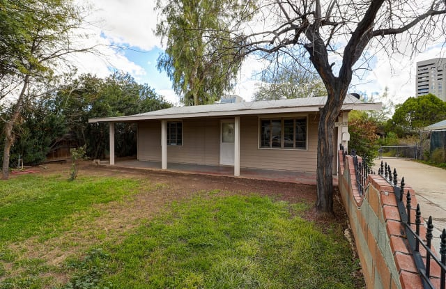 1053 E WELDON Avenue - 1053 East Weldon Avenue, Phoenix, AZ 85014
