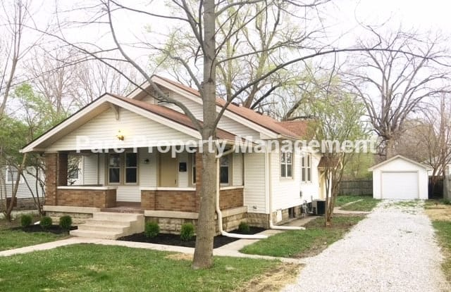 324 Albany St - 324 Albany Street, Indianapolis, IN 46225
