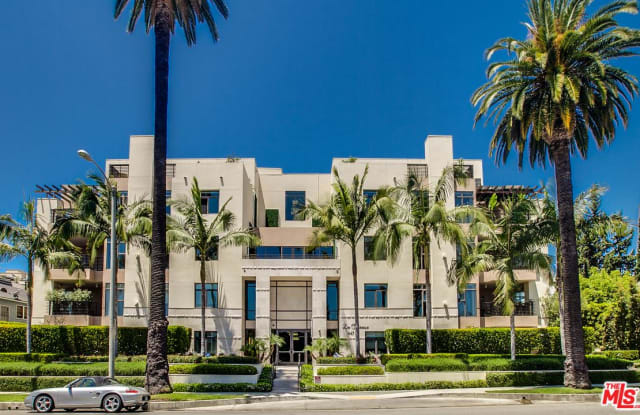 447 North DOHENY Drive - 447 North Doheny Drive, Beverly Hills, CA 90210