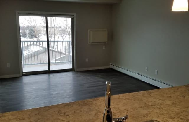 Blackmore Flats - 2655 South 34th Street, Grand Forks, ND 58201