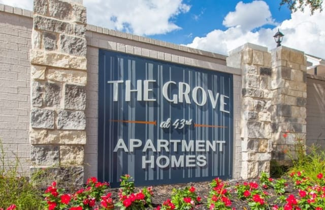 The Grove at 43rd - 2006 W 43rd St, Houston, TX 77018