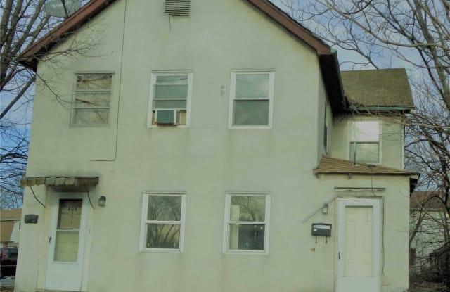 805 Nassau Rd - 805 Nassau Road, Uniondale, NY 11553