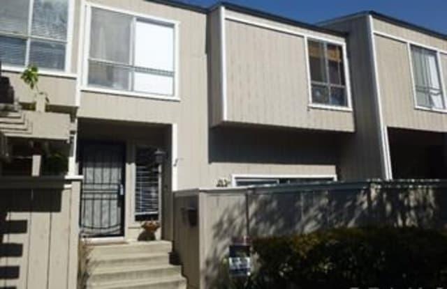 2905 S Fairview Street - 2905 South Fairview Street, Santa Ana, CA 92704