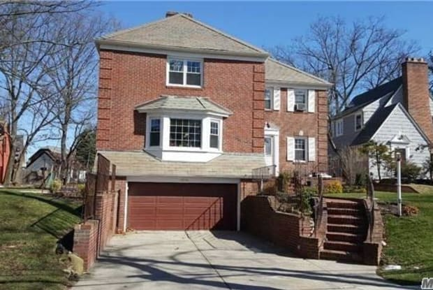 175-25 Devonshire Rd - 175-25 Devonshire Road, Queens, NY 11432