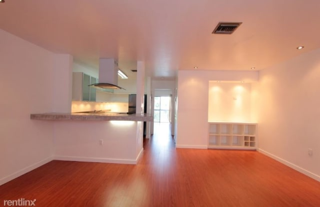 6440 SW 130th Ave - 6440 Southwest 130th Avenue, Kendale Lakes, FL 33183