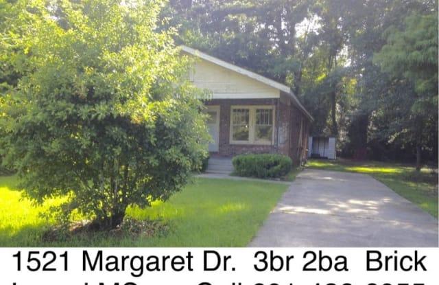 1521 Margaret Dr WeBuyHousesSwift.com - 1521 Margaret Drive, Laurel, MS 39440