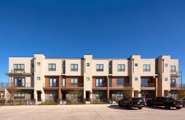 The Standard at Legacy - 1938 East Sonterra Boulevard, San Antonio, TX 78259