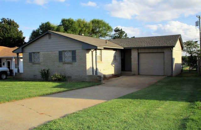 510 West Oklahoma - 510 West Oklahoma Avenue, Weatherford, OK 73096