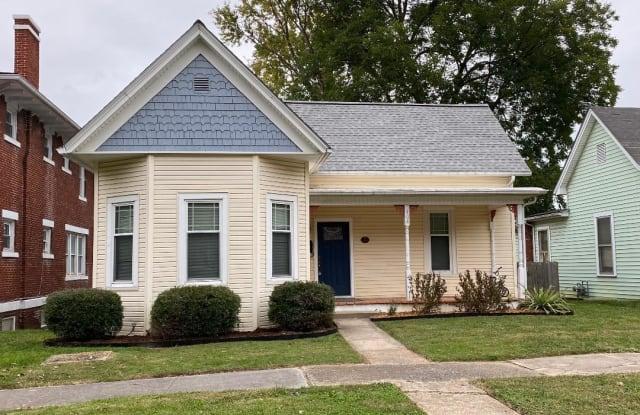 404 West West Pine St Street - 404 W Pine St, Johnson City, TN 37604