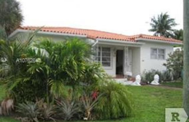 9289 dickens ave , sur - 9289 Dickens Ave, Surfside, FL 33154
