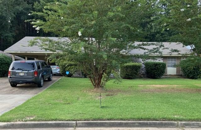 4976 Oak Creek Dr - 4976 Oak Creek Drive, Jackson, MS 39212
