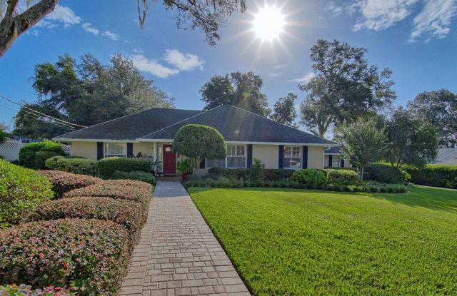 1107 SE 24th Terrace - 1107 Southeast 24th Terrace, Ocala, FL 34471