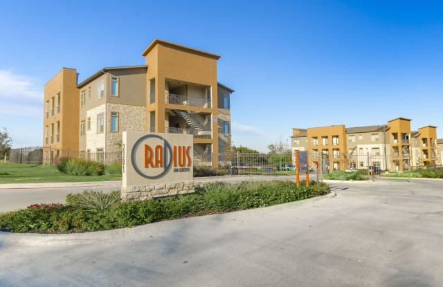 Radius on Grove - 2301 Grove Blvd, Austin, TX 78741