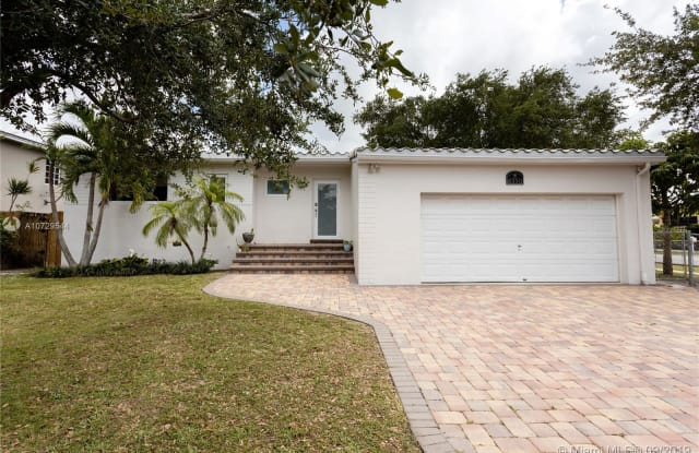 8350 SW 18th St - 8350 Southwest 18th Street, Westchester, FL 33155