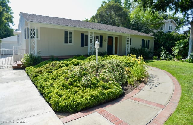 4441 Oakwood Avenue - 4441 Oakwood Avenue, La Cañada Flintridge, CA 91011