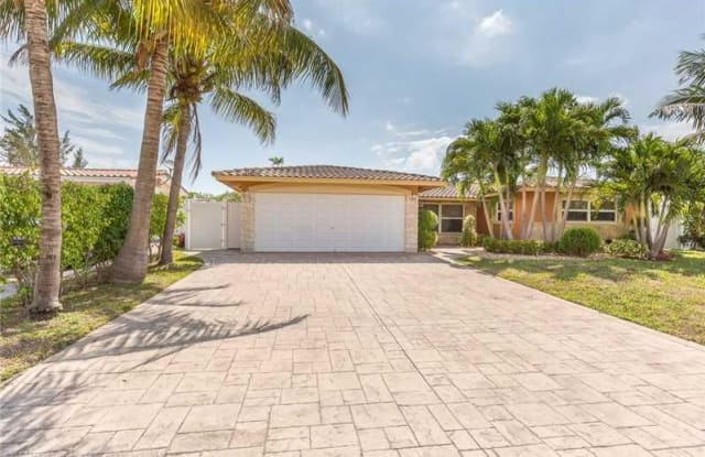 940 SE 10TH CT - 940 Southeast 10th Court, Pompano Beach, FL 33060