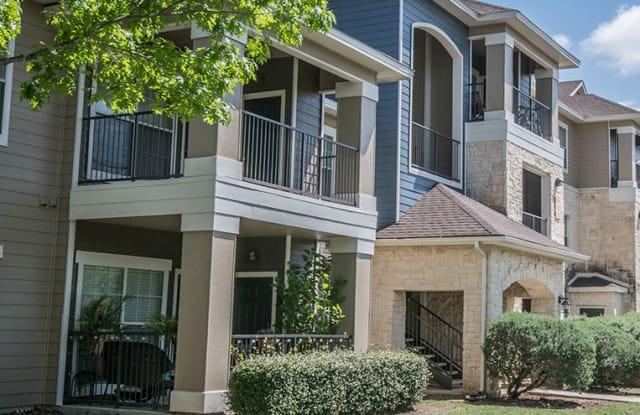 Hidden Lake Apartments - 8910 N Loop 1604 West, San Antonio, TX 78249