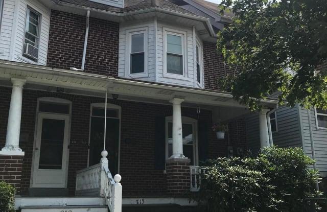 315 S 5TH STREET - 315 South 5th Street, Perkasie, PA 18944