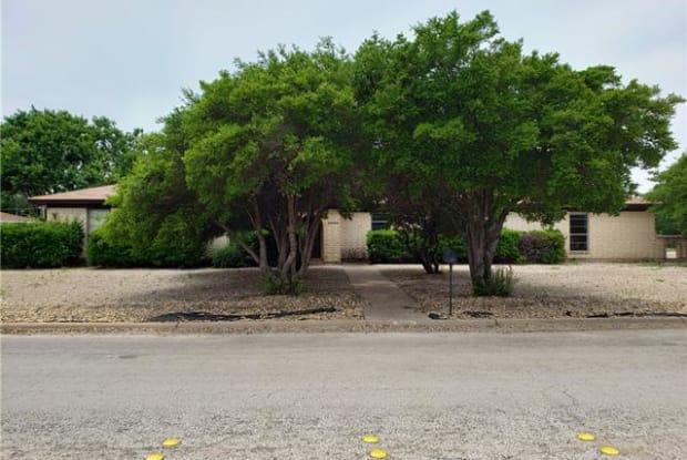 2234 Robertson Drive - 2234 Robertson Drive, Abilene, TX 79606