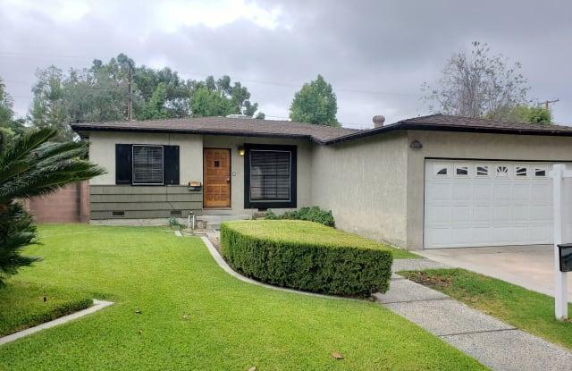 330 E EVERETT PLACE - 330 East Everett Place, Orange, CA 92867