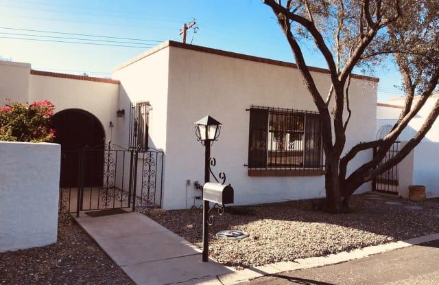 600 E River Rd # K - 600 E River Rd, Casas Adobes, AZ 85704