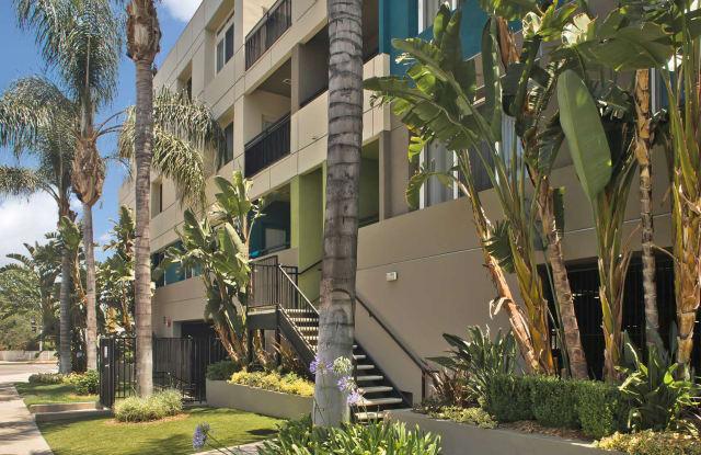 Lindley - 5536 Lindley Ave, Los Angeles, CA 91356