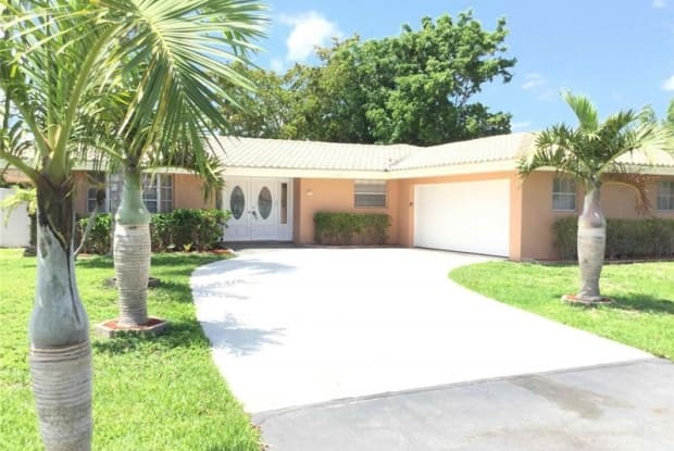 7518 NW 42nd Dr - 7518 Northwest 42nd Drive, Coral Springs, FL 33065