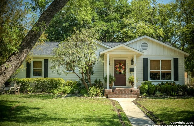 118 IRVINGTON DR - 118 Irvington Drive, San Antonio, TX 78209