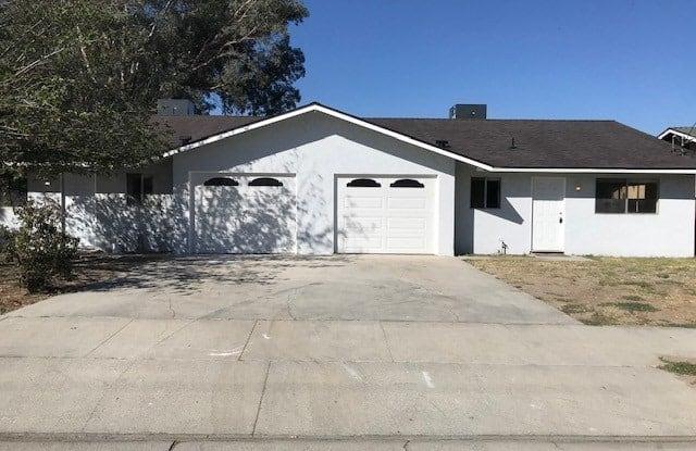 220 N Brinton Street - 220 N Brinton St, San Jacinto, CA 92583