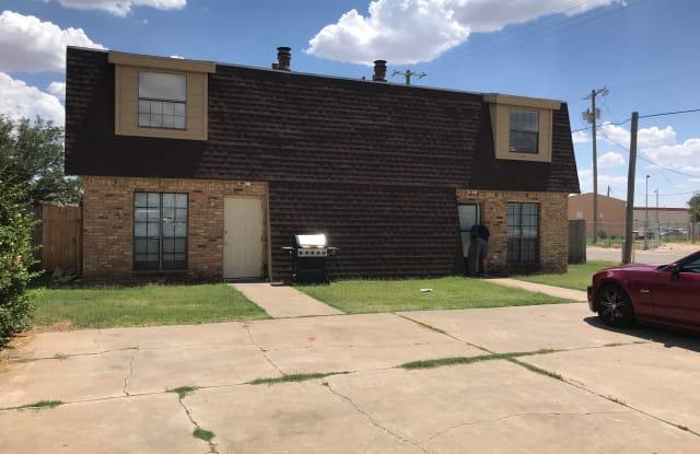 3431 Grinnell St Apt B - 3431 Grinnell Street, Lubbock, TX 79415