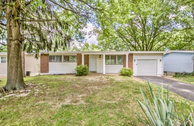 10272 Dacey Drive - 10272 Dacey Drive, Dellwood, MO 63136