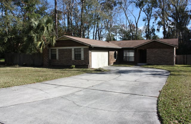 5217 SECLUDED OAKS LN - 5217 Secluded Oaks Lane, Jacksonville, FL 32210