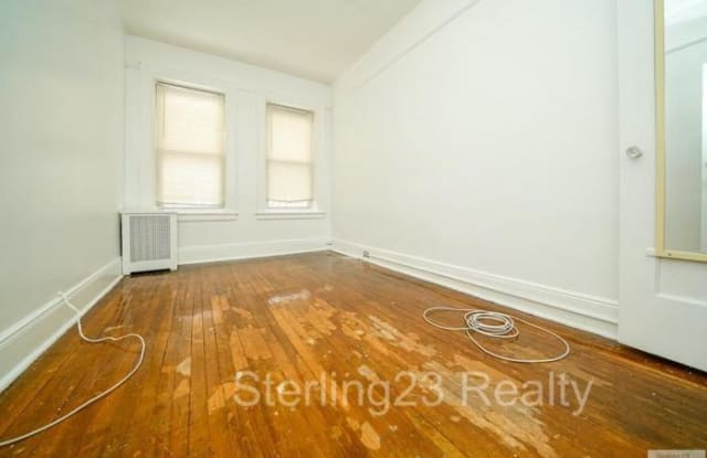 25-23 14TH ST. - 25-23 14th Street, Queens, NY 11102