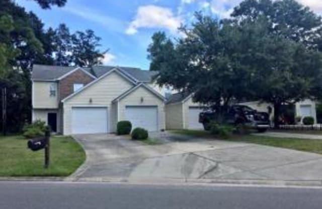 8666 Roanoke Drive - 8666 Roanoke Drive, North Charleston, SC 29406