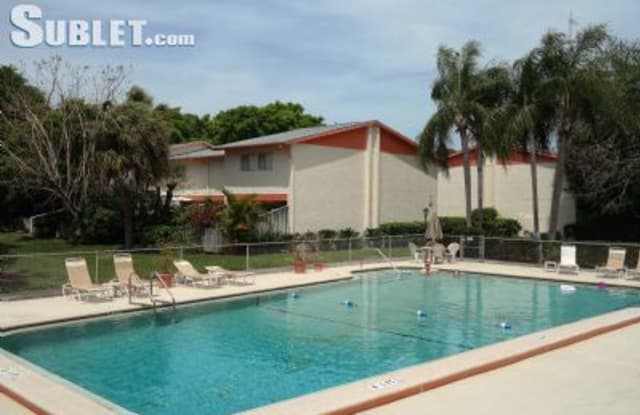 5825-16th st south - 5825 16th Street South, St. Petersburg, FL 33712