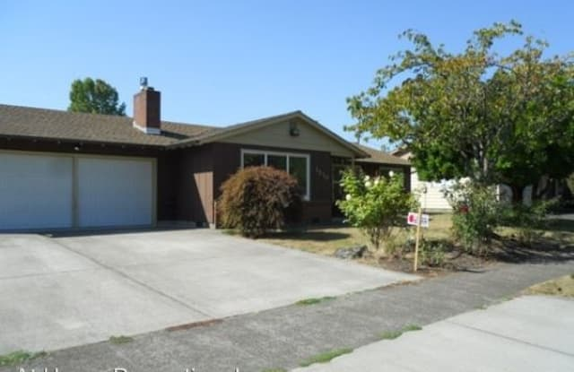1510 NW 13th Street - 1510 Northwest 13th Street, Corvallis, OR 97330