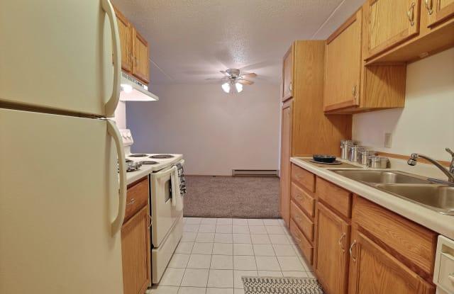 Alden Pines - 1001 42nd Street Southwest, Fargo, ND 58103