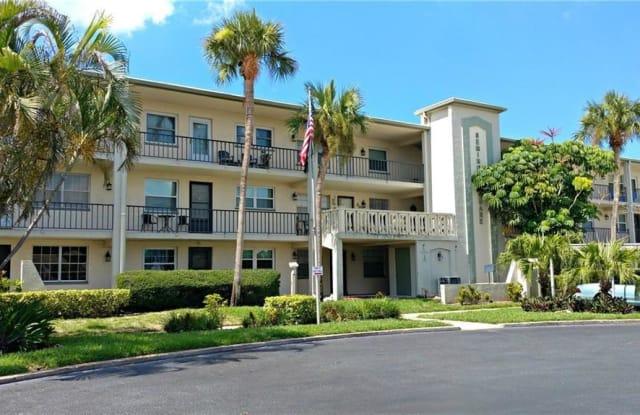 11700 PARK BOULEVARD - 11700 Park Boulevard North, Seminole, FL 33772