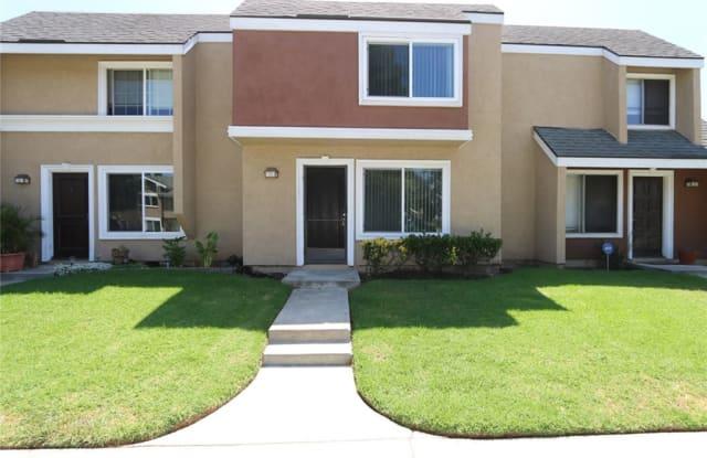 4 Hartford - 4 Hartford, Irvine, CA 92604