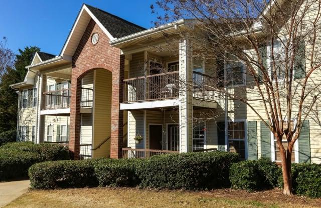 Oconee Springs - 2351 Spring Haven Dr, Gainesville, GA 30504