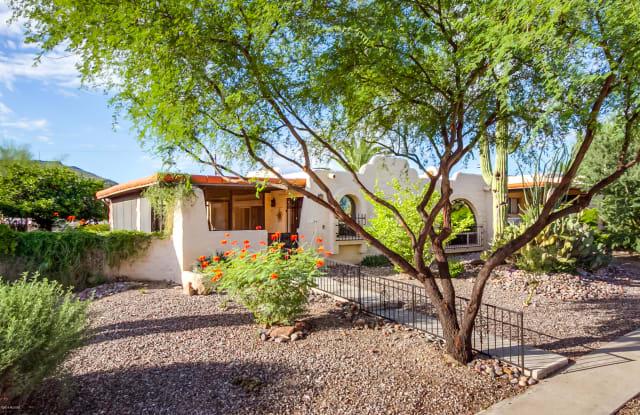 810 N Camino Santiago - 810 North Camino Santiago, Tucson, AZ 85745